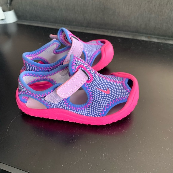 Nike Shoes   Nike Toddler Water Shoes
